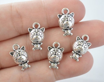 6 Pcs Tiger Charms Antique Silver Tone 3D 10x15mm - YD0811
