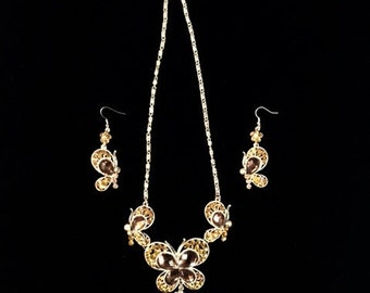 GLAMOROUS Vintage Rhinestone Butterfly Necklace and Earrings Set