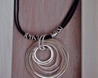 Life Circles-Silver pendant + arabesque tubes + double suede black, dark grey or light grey