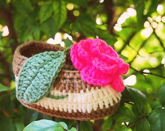 Babyshoes with flower and leaf for 3 to 6 months