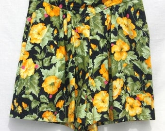 Retro High Waisted Floral Print Shorts