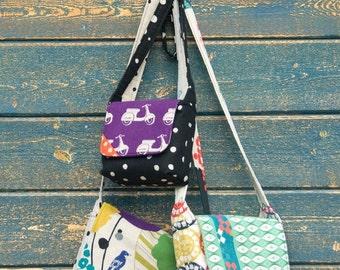 COUPON Sale - Chunky Wee Bag, Purse Pattern, Hunter's Design Studio