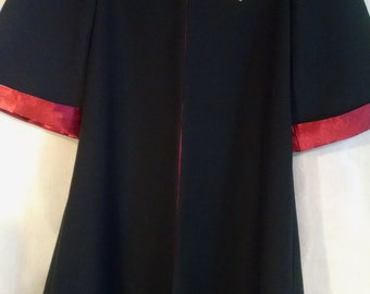 Gryffindor Robe, Harry Potter inspired, size 6/8, with wand for Halloween, birthdays, dress up