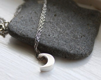 Moon Necklace Sterling Silver, Feminine Necklace, Tiny Moon Necklace, Dainty Jewelry