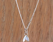 Silver Cress Necklace | Tiny Silver Pendant with a Delicate Figaro Chain