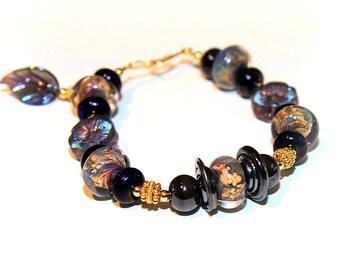 Purple Gold Glass Bead Bracelet. Aubergine Purple Lampwork Bead Bracelet. Elegant Artisan Jewelry. Glass Bead Jewelry.