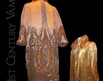 Glamorous 1920s Beaded Opera Coat ~ Bonwit Teller. 20s Peach Silk Velvet. Metallic Beadwork and Sequins. RARE. Jazz Age. Flapper. Art Deco.