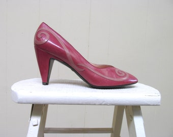 Vintage 1980s Shoes / 80s Rose Leather Pumps / Size 8 1/2 US