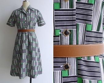 Vintage 70's 'Cubism' Green Squares & Stripes Op Art Shirt Dress S or M