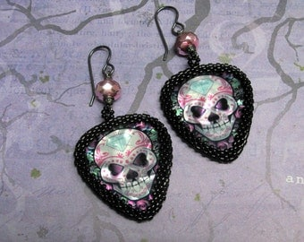 Sugar Skull Guitar Pick Earrings, Halloween Earrings, Dia De Los Muertos, Day of the Dead, Skull Earrings, Skull Jewelry, Goth Earrings