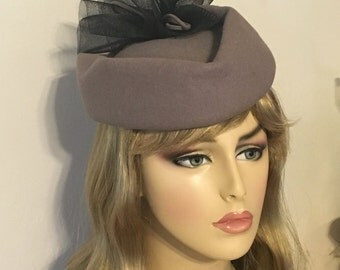 Light Gray Wool 1980s' Veil Church Hat 80s