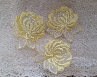 Pretty Vintage Flower Appliques | Yellow | Satin | Sheer