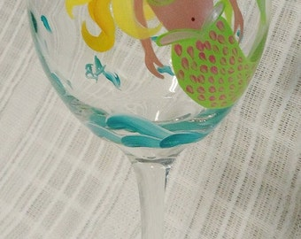 Painted wine glasses, Mermaid wine glasses, Custom wine glasses, Hand painted wine glasses, Mermaids, Wine glasses, Decorative glasses,20 oz