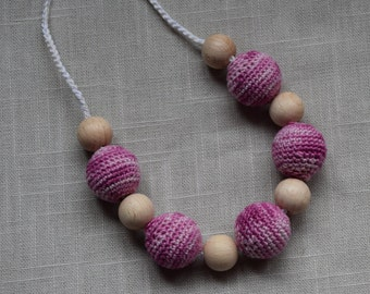 Crochet Nursing Necklace - Breastfeeding Necklace - Teething necklace with crochet beads violet