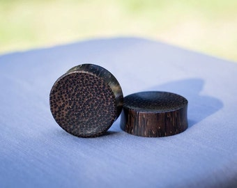 """Concave Palm Wood Plugs 8g 4g 2g 0g 00g 7/16"""" (11mm) 1/2"""" (12mm)"""