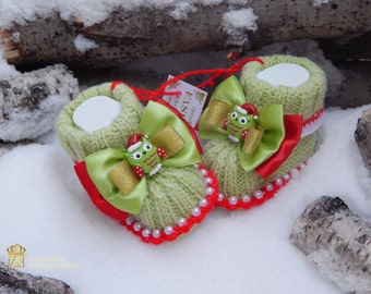 Merry Christmas! Knitted booties for kids.