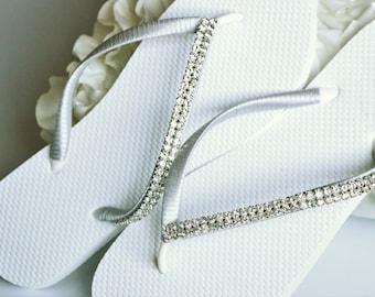 BRIDAL Flip Flops, WEDDING Flip Flops,Rhinestone Flip Flop, Bridesmaid Flip Flops,  Elegant  Flip Flops, Bridesmaid Gifts, Bridal Party Gift