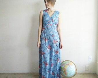 Vintage 1970s Blue Floral Maxi Dress/70s Dress/Small