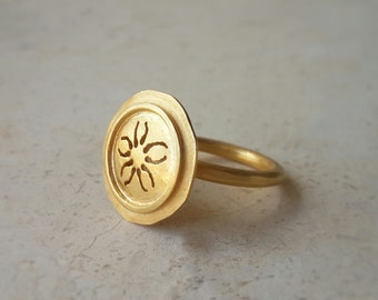 Coin Ring in 18k Solid Gold . Gold Coin Ring . Coin Jewelry . Handcrafted Fine Jewelry . Flower Ring . Carved Ring . Cocktail Ring