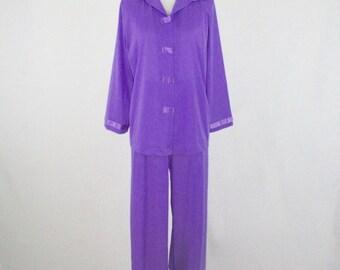 1960s Purple Nylon Pajamas by Henson Kickernick Size 34