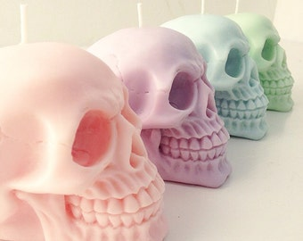 SKULL CANDY - Pastel skull candles - set of four - candy scented - soy wax candles - parma violets - bubble gum - cotton candy - caramel