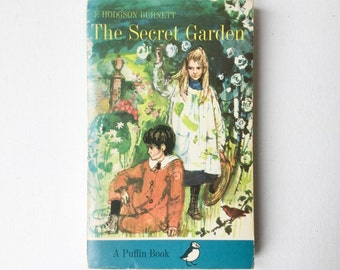 The Secret Garden Book by Frances Hodgson Burnett, Published by Puffin Books, Cover Illustrations by Shirley Hughes, Paperback, 1970, 00981