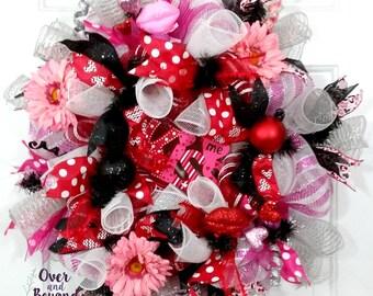 Valentine deco mesh wreath,valentines day wreath,pink red black valentine wreath,valentines day door decor,valentine door decor