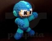 Mega Man (pixelated) - 10cm amigurumi