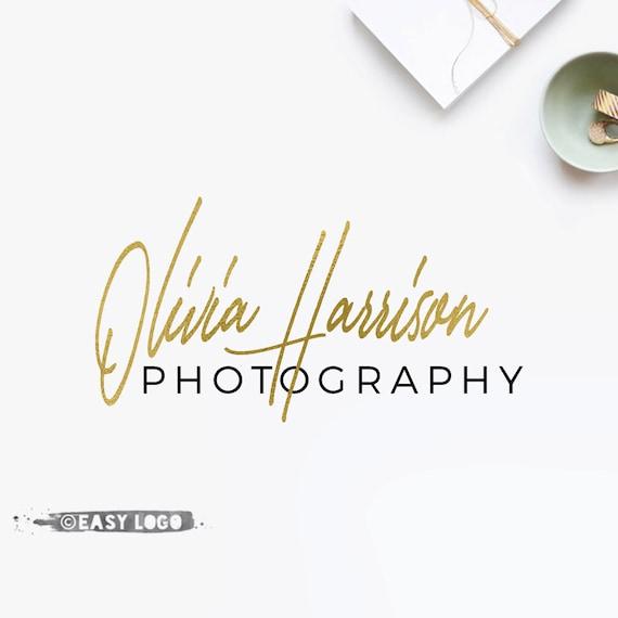 Simple signature logo calligraphy font design