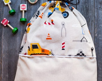 LOT-printed cotton BACKPACK with trucks. Perfect for the nursery.