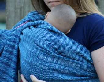 The Rainbow Fish Handwoven Ring Sling *M*