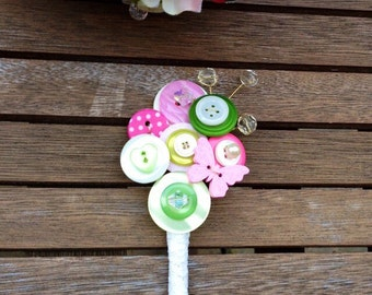 Button wedding buttonhole, boutonnière in pink, green and ivory, Groom, Best Man, Mother of the Bride, corsage, UK seller