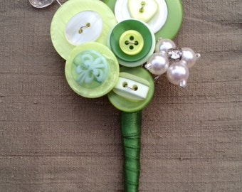 Wedding button buttonhole, boutonniere, corsage, green and ivory, Groom, Best man, Mother of the Bride, wedding accessory, UK seller