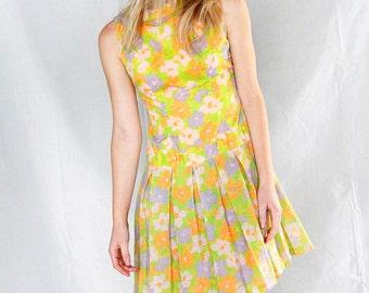 SALE Vintage 60's Flirty Feminine Floral Sleeveless Mini Dress, 60's Spring Mini Day Dress, 60's Pleated Mini Dress , Floral Spring Dress