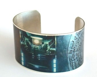 Doctor Who Cuff, the Pandorica