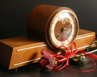 Soviet Table Clock, Desktop Clock, Vintage Clock, Soviet Era, Mantle Clock, Art Deco, Chime clock, Antique clock, Shelf Clock, Wooden, ussr