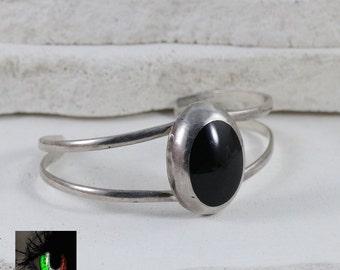 "Sterling Silver - TAXCO Black Onyx Oval Cuff 23.8g - Bracelet (7"")"