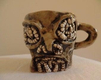 Short Maggot Mug