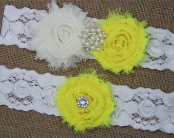 Ivory and Pistachio Wedding Garter,Bridal Garter Set,Keepsake Garter,Toss Garter,Ivory Lace Garter,Ivory Wedding Garter Belt -440