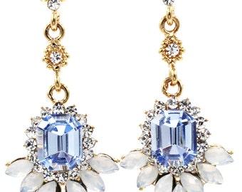 Elegant pendant crystal golden earrings