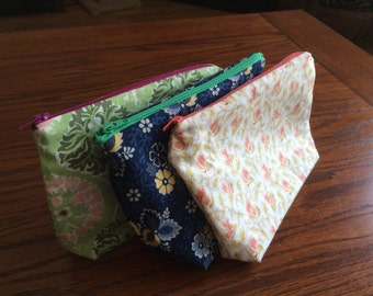 Zipper Pouch / Make up bag / Cosmetic bag / Everything bag