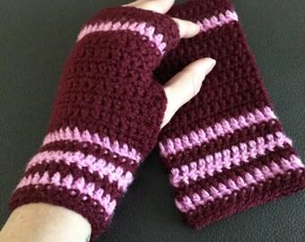 Burgundy crocheted wrist warmers