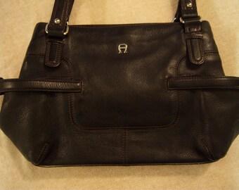 vintage Etienne Aigner purse,black leather,multi compartment,soft leather purse,vintage accessories,classic purse,gold trim