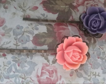 Charlotte - Resin Rose Antique Brass Hairpins