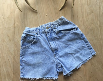 Vintage lee shorts, high waisted denim shorts, denim shorts, vintage shorts, high waisted, light wash, cutoffs, denim, size 7