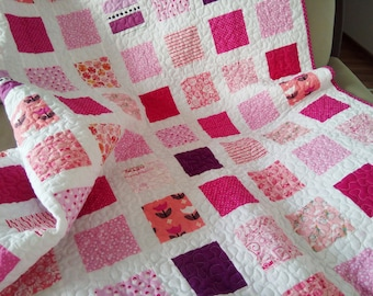 Pink Quilt / Girl Quilt / Twin Quilt / Throw Quilt / Bed Quilt / Custom Quilt / Modern Quilt