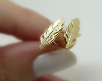 Feather earrings, Gold feather studs, Delicate earrings, Leaves earrings, Minimalist earrings