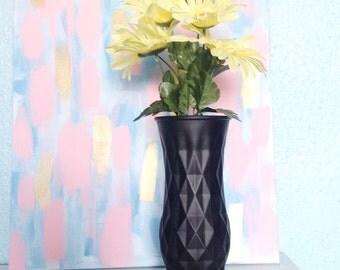 Black Geometric Vase