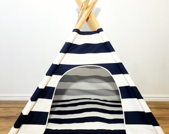 Pet teepee Navy and White stripe