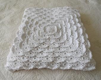 Baby shower gift Baby blanket Newborn Blanket Handmade shower gift Crochet baby blanket Knitted wool blanket White blanket Wool baby blanket